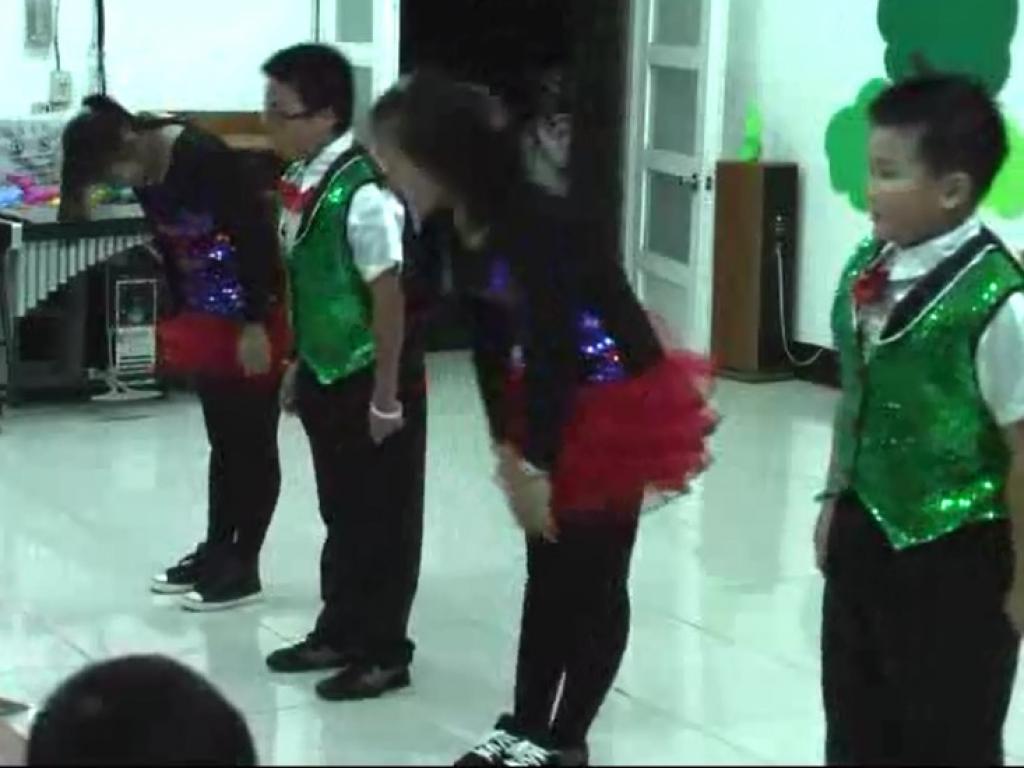 六年級表演